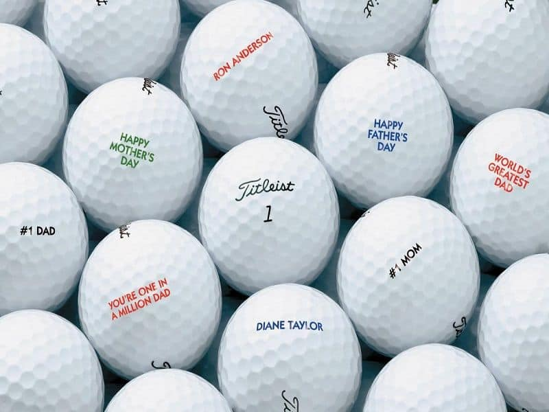 Bóng golf có quy định riêng về trọng lượng và kích thước