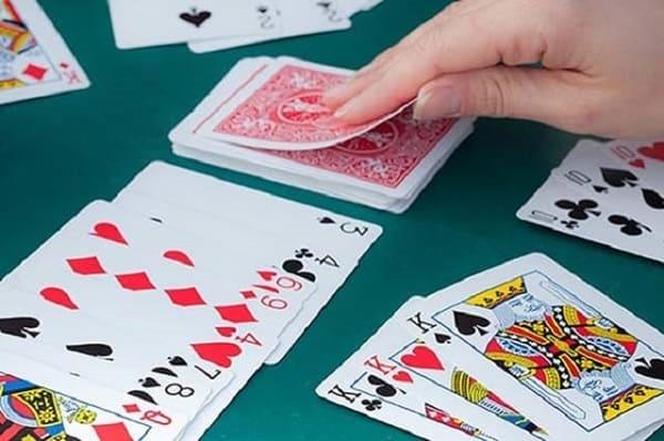 Cách chơi game đánh bài câu cá cơ bản cho người mới