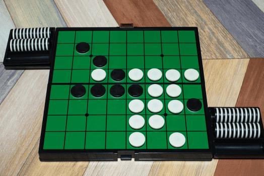 Luật chơi và cách chơi cờ Othello cơ bản cho người mới
